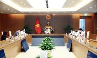 Covid-19 : Vu Duc Dam travaille avec les responsables de la province de Bac Giang
