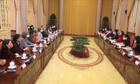 Vo Thi Anh Xuân reçoit les ambassadrices et chargées d'affaires des corps diplomatiques au Vietnam