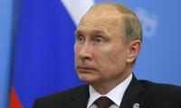รัสเซียและอังกฤษเห็นพ้องกันที่จะแสวงหามาตรการทางการทูตเพื่อแก้ไขปัญหายูเครน