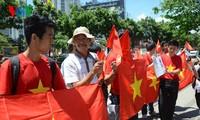 ชมรมชาวเวียดนามที่พำนักอาศัยในไทยประท้วงจีนที่ติดตั้งแท่นขุดเจาะอย่างผิดกฎหมายในไหล่ทวีปเวียดนาม