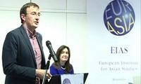 EIAS จัดการสัมมนาแนะนำหนังสือเกี่ยวกับทะเลตะวันออกของผู้สื่อข่าวสำนักข่าวบีบีซี