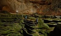 สถานีโทรทัศน์เวียดนามทำภาพยนตร์สารคดีประชาสัมพันธ์ถ้ำเซินด่อง ถ้ำที่ใหญ่ที่สุดในโลก