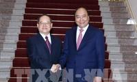 นายกรัฐมนตรีเหงียนซวนฟุ๊กให้การต้อนรับเลขาธิการพรรคสาขาเขตปกครองชนเผ่าจ้วง - กวางสี ประเทศจีน