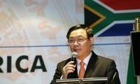 รองนายกรัฐมนตรี เวืองดิ่งเหวะ: ความสัมพันธ์ทางเศรษฐกิจระหว่างแอฟริกาใต้กับเวียดนามต้องทัดเทียมกับความสัมพันธ์ทางการเมือง