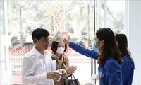 เยาวชนเวียดนามร่วมแรงร่วมใจป้องกันและควบคุมการแพร่ระบาดของโรคโควิด 19