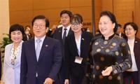 ประธานรัฐสภาสาธารณรัฐเกาหลีเสร็จสิ้นการเยือนเวียดนามอย่างเป็นทางการ