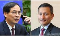 รัฐมนตรีต่างประเทศเวียดนามพูดคุยทางโทรศัพท์กับรัฐมนตรีต่างประเทศสิงคโปร์