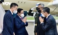 นายกรัฐมนตรี ฝ่ามมิงห์ชิ้ง เดินทางถึงกรุงจาการ์ตา ประเทศอินโดนีเซีย เริ่มเข้าร่วมการประชุมผู้นำอาเซียน