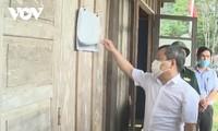 วันที่ 21 พฤษภาคมประชาชนในเขตเขาและเขตชายแดนในจังหวัดกว๋างบิ่งห์ออกไปใช้สิทธิ์เลือกตั้งล่วงหน้า