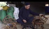 ศิลปิน หวี่วันจื๋อ อนุรักษ์เอกลักษณ์วัฒนธรรมการทำเก้าอี้หวาย