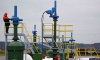 Russia resumes oil delivery to Belarus