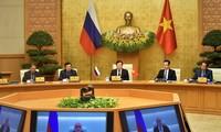 Russian, Vietnamese Deputy PMs discuss economic, technological cooperation