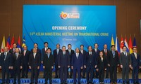 ASEAN ministers discuss fight against transnational crime