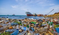 Award ceremony for ASEAN plastic pollution innovation challenge