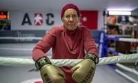 Boxing granny knocks out Parkinson's symptoms