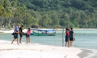 Plan to welcome back foreigner visitors to Phu Quoc remains unchanged