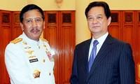 Việt Nam coi trọng hợp tác quốc phòng với Indonesia