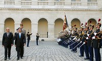 """""""Con tầu"""" quan hệ hữu nghị Việt - Pháp đã cập bến thành công"""