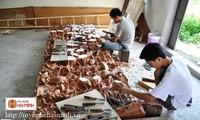 Về làng mộc Hải Minh, nơi sản xuất các sản phẩm theo phong cách cổ