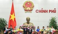 Thủ tướng Nguyễn Xuân Phúc gặp mặt những gương mặt trẻ Việt Nam tiêu biểu
