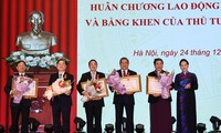 Trao tặng Huân chương Lao động cho lãnh đạo Quốc hội, lãnh đạo các cơ quan của Quốc hội