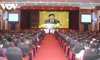 Đảng viên hào hứng nghe quán triệt trực tiếp Nghị quyết Đại hội XIII