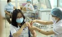 Trên 55.000 người được tiêm chủng an toàn