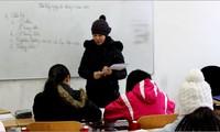 Dạy trẻ nhớ về cội nguồn bằng tiếng Việt