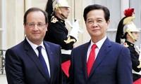 Chính thức nâng quan hệ Việt – Pháp lên đối tác chiến lược