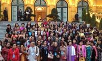 Phụ nữ Việt Nam tại Cộng hòa Séc giữ gìn bản sắc dân tộc