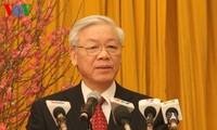 Tổng Bí thư: Đoàn kết phấn đấu đạt mục tiêu 2014