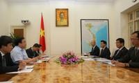 Việt Nam ưu tiên làm sâu sắc hơn nữa quan hệ hữu nghị và hợp tác toàn diện với Nhật Bản