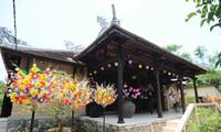 หมู่บ้านผลิตสินค้าพื้นเมืองเร่งมือให้แก่เทศกาลตรุษเต็ต