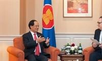 Russia backs ASEAN's central role in region