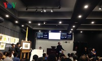 12 Vietnamese paintings auctioned