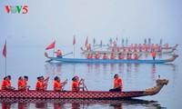 Dragon boat race makes waves in Hanoi