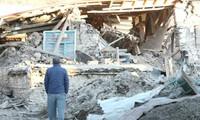 Rescue efforts underway to find survivors in Turkey's earthquake