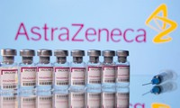 AstraZeneca: vaccine review finds no evidence of increased blood clot risks