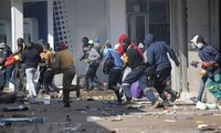 Embassy calls on Vietnamese citizens in South Africa to beef up security