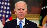 Rising coronavirus cases fuel resurgence fears in US as Biden ramps up vaccination push