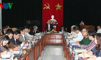 ประธานรัฐสภาท่านเหงวียนซิงหุ่งลงพื้นที่จังหวัดฟู้เอียน