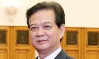 ท่านเหงวียนเติ้นหยุงนายกรัฐมนตรีเวียดนามให้การต้อนรับเอกอัครราชทูตยูเออีและพม่า