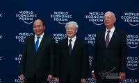 Lễ đón chính thức các nhà lãnh đạo, các trưởng đoàn tham dự Hội nghị WEF ASEAN 2018