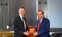 Phó Thủ tướng Thường trực Chính phủ Trương Hòa Bình gặp Lãnh đạo Hội đồng Tư pháp quốc gia Italia