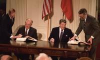 Toan tính của Washington khi từ bỏ Hiệp ước về thủ tiêu tên lửa tầm ngắn và trung