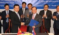 Việt Nam – Lào: Ký kết thỏa thuận hợp tác trên lĩnh vực  thông tin – truyền thông