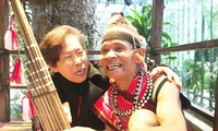Già làng nghệ nhân Avẻ: Người giữ hồn văn hóa dân tộc Giẻ Triêng