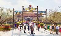 Du lịch xanh và du lịch biển thu hút du khách quốc tế đến Huế