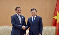 Thúc đẩy các lĩnh vực hợp tác đầu tư mới giữa Việt Nam - UAE