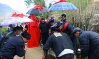 Nghi lễ cưới hỏi của đồng bào Dao đỏ ở Lào Cai